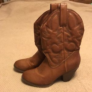 Healed Women's Boots